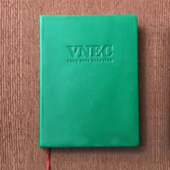 SDG-09-So-tay-bia-da-dan-gay-logo-VNEC-dap-lun-xuong-san-xuat-so-da-may-chi-in-logo-gia-re-lam-qua-tang-quang-cao