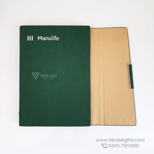 Xuong-san-xuat-so-tay-bia-da-cao-cap-khac-ten-logo-in-an-theo-yeu-cau-lam-qua-tang-cong-ty-bao-hiem-Manulife (1)
