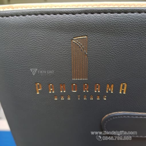 so-da-bia-cong-so-tay-cao-cap-in-an-dap-logo-panorama-nha-trang-lam-qua-tang-su-kien-doanh-nghiep-ep-kim-vang-logo